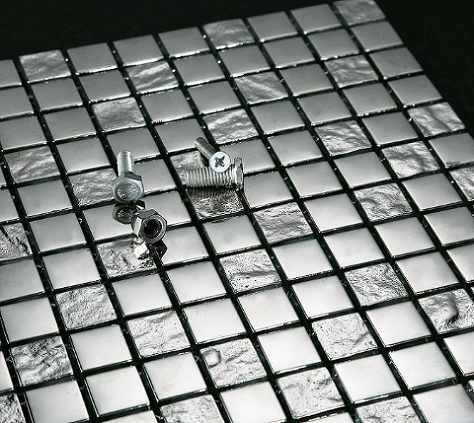 20110202000954.luxury_silver